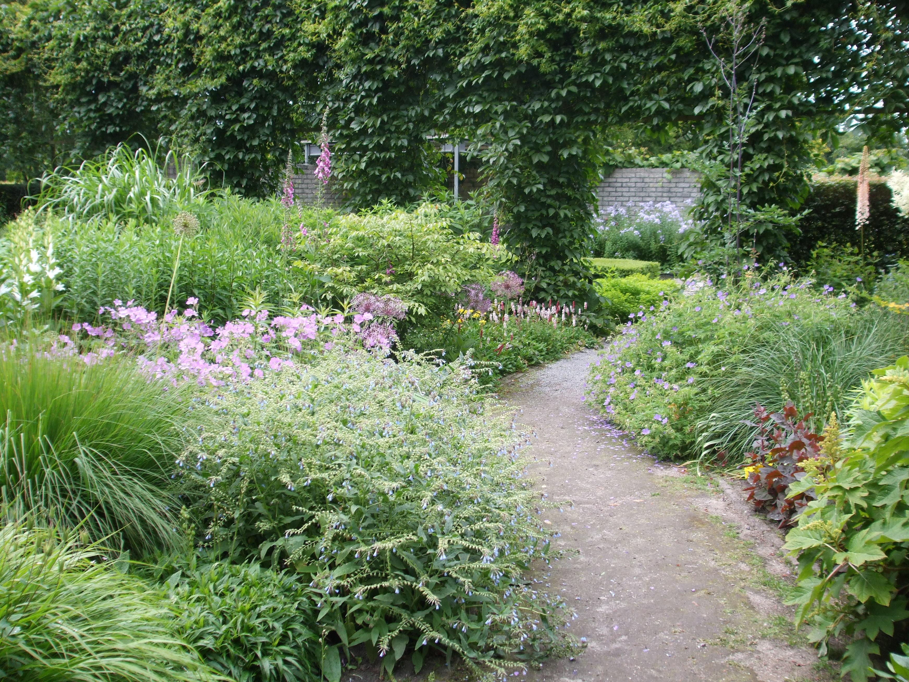 Tuinverrassing kant en klaar border bestellen tuincoach blog - Schaduw maken ...